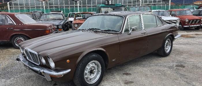 -jaguar-xj6-42-2-serie
