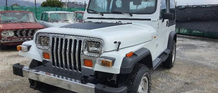 jeep-wrangler-25-laredo-prenotato