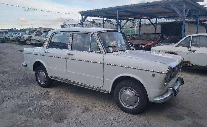FIAT 1100 R BERLINA