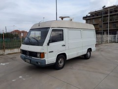 mercedes-mb100-furgone-vendita-in-liguria
