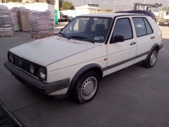 volkswagen-golf-2-serie-4-porte-vendita-in-liguria