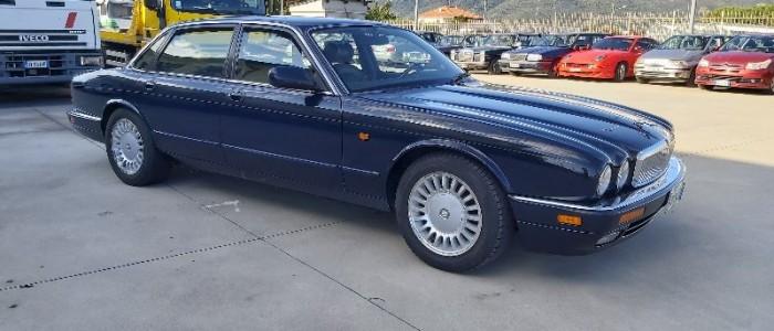jaguar-xj6-40-