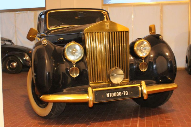 auto-rolls-royce-silver-dawn-in-vendita-liguria